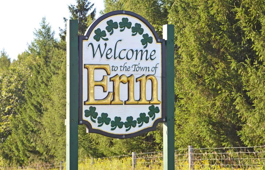 Erin 'Welcome' sign stolen