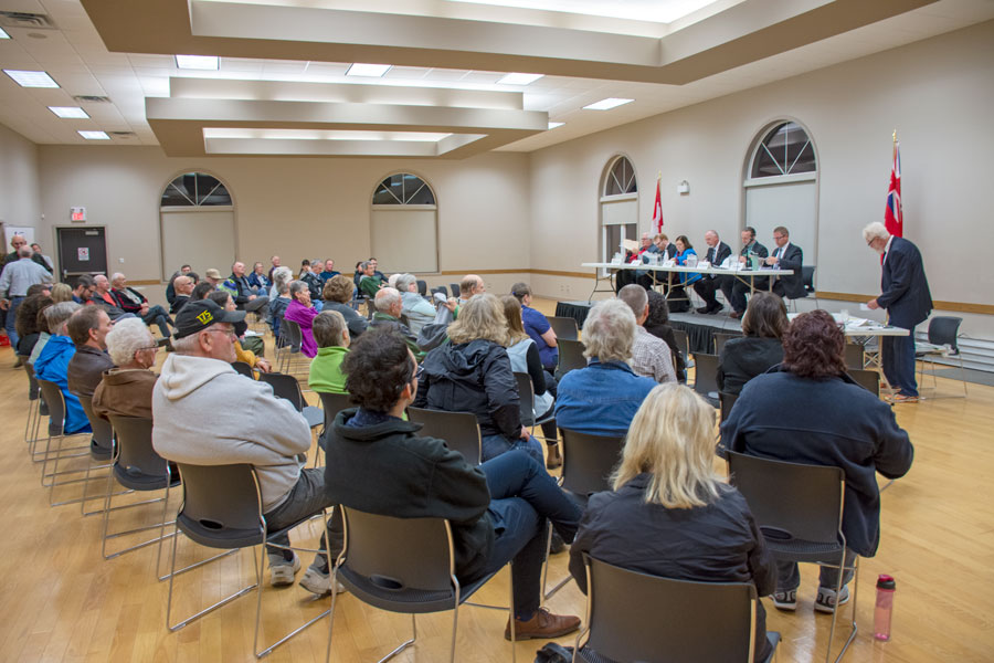 Candidates debate abortion, maternity leave, marijuana at Alma meeting